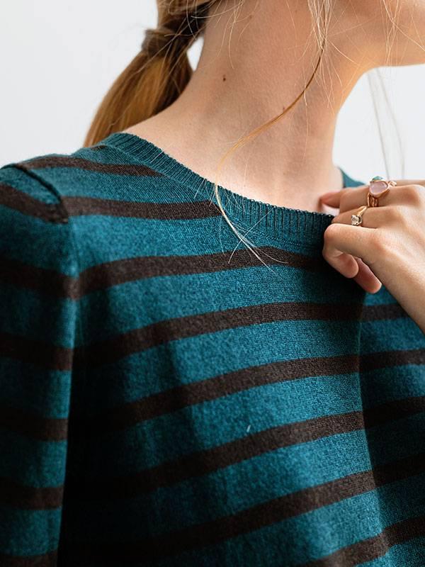 Malaga stripes in seta e cashmere atlantis/rye indossato dettaglio
