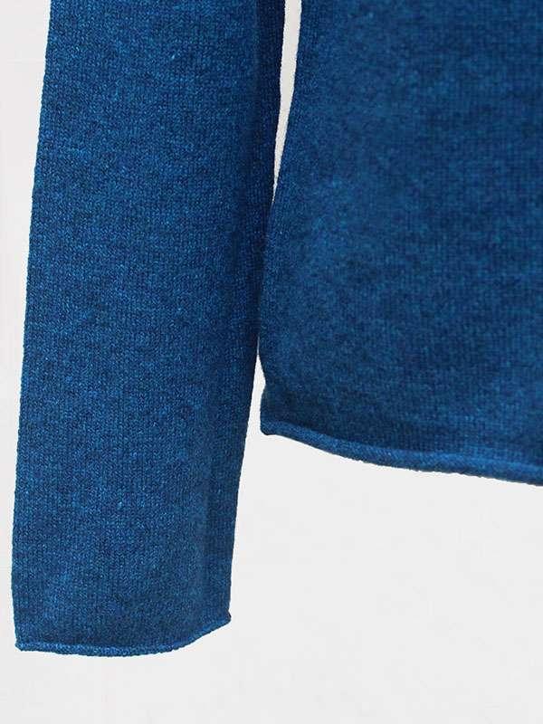 Mentone barchetta in cashmere atlantis deep dettaglio