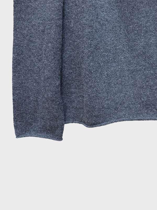 Mentone barchetta in cashmere crow dettaglio