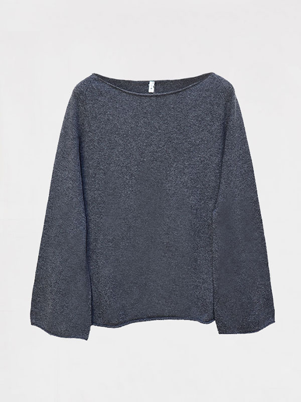 Pune in cashmere crow