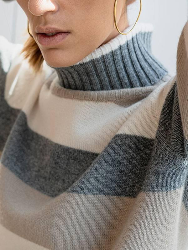 Sophie dolcevita a blocchi in lana e cashmere cloud dc,jute,cloudy indossato dettaglio scollo