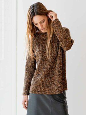 Maddalena moulinè in lana e cashmere indossato
