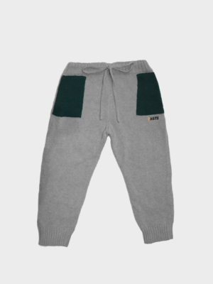 Pantalone con tasche