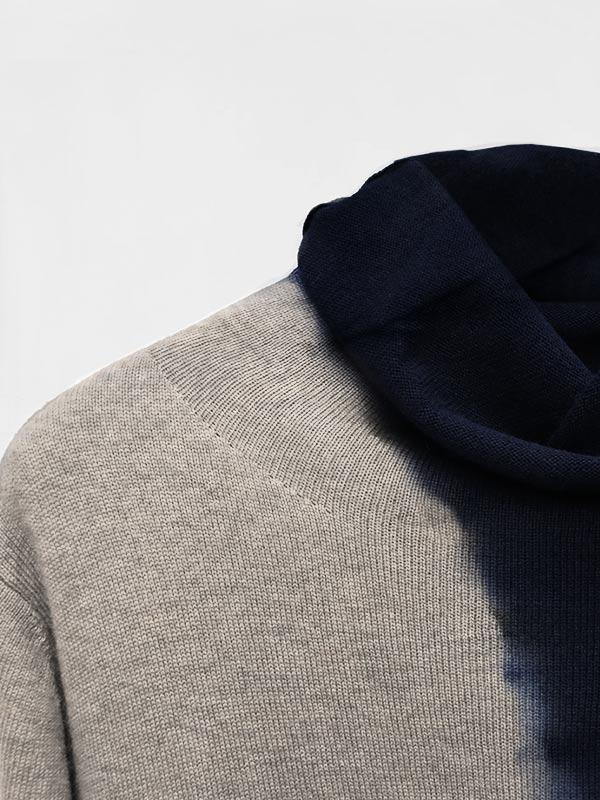 Joy space tiedye in cashmere oxford midnight dettaglio scollo
