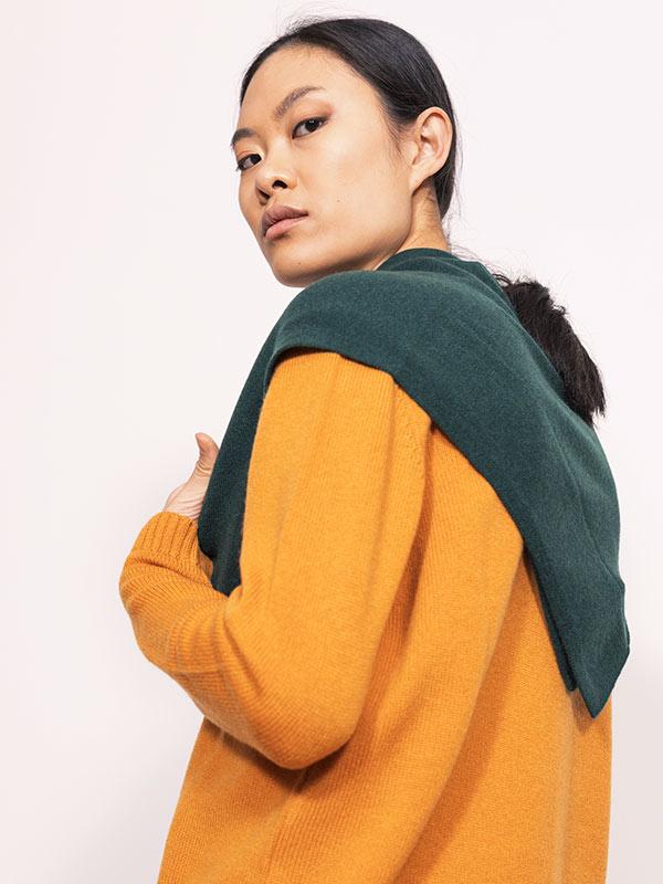 square shawl intarsio verde ind